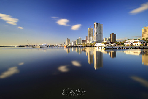 manilabay manila harborsquare sunset longexposure slowwater seascape water waterscape sea landscape sky cloud building reflections philippines ndfilter urbanlandscape outdoor