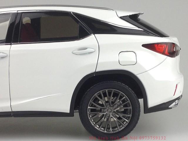 1 18 mo hinh tinh Paudi Dealer Lexus RX200T qua tang sang trong y nghia dan ong ha noi viet nam diecast 118 (10)