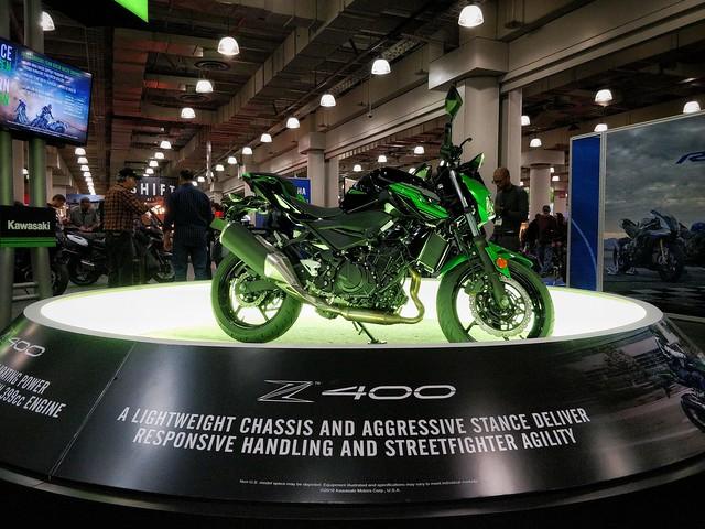 Kawasaki Z400. Super Green