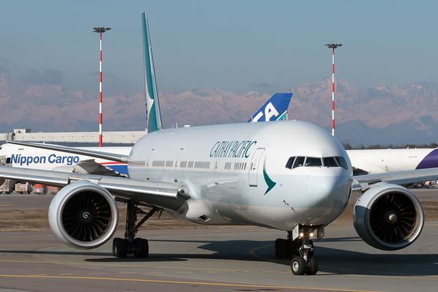 Cathay Pacific Boeing 777-367(ER) B-KPU - Milan Malpensa International Airport