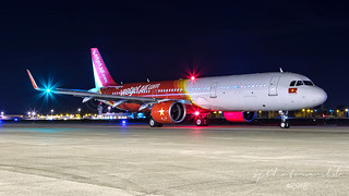 VietJet Airlines Airbus A321-2Neo VN-A653   by SjPhotoworld