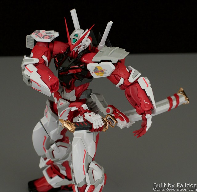 HiRM Astray Red Frame Gundam 32