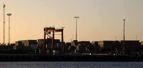 cargo containers port fremantle fremantleharbour wa westernaustralia sunset goldenhour