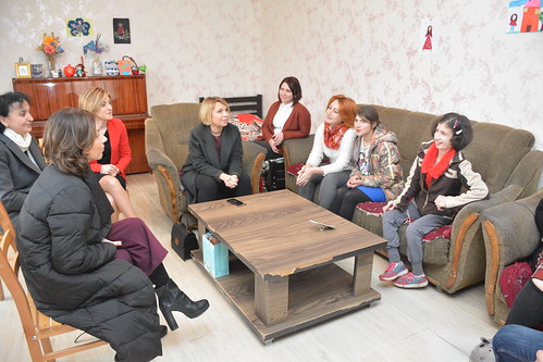 სახალხო დამცველმა საოჯახო სახლებში მცხოვრები შშმ პირები მოინახულა  3.12.18 Public Defender Visits Persons with Disabilities in Small Group Homes