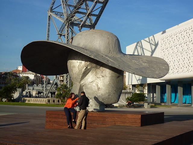 pamela hat de Manolo Valdes