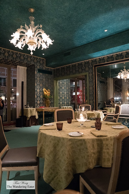 Interior of the dining rooms at De Pisis