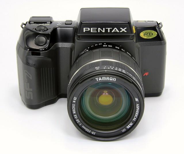 Pentax SF7 + Tamron 28 - 200 AF f3.8 - 5.8 Aspherical XR IF. Made in Japan. 1988