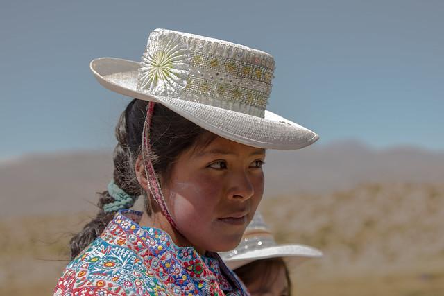 Niña pastora del altiplano