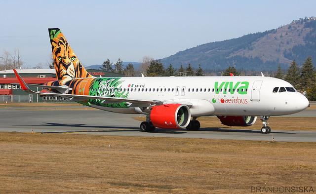 XA-VIE VivaAerobus Airbus A320-271N (1)@YYJ 16Mar19