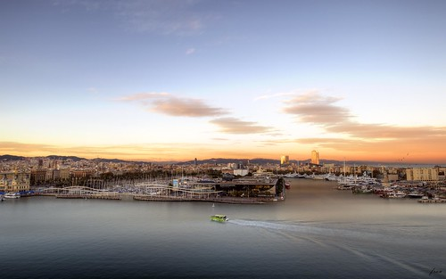 barcelona portvell puertodebarcelona puerto port maremagnum yates atardecer sunset
