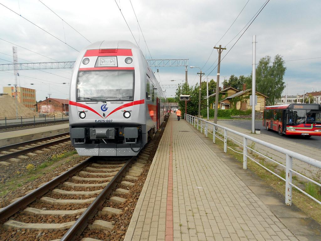 EJ575-007