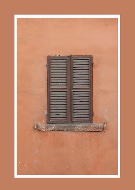 Italy Sept 2018 - Shutter (01)A