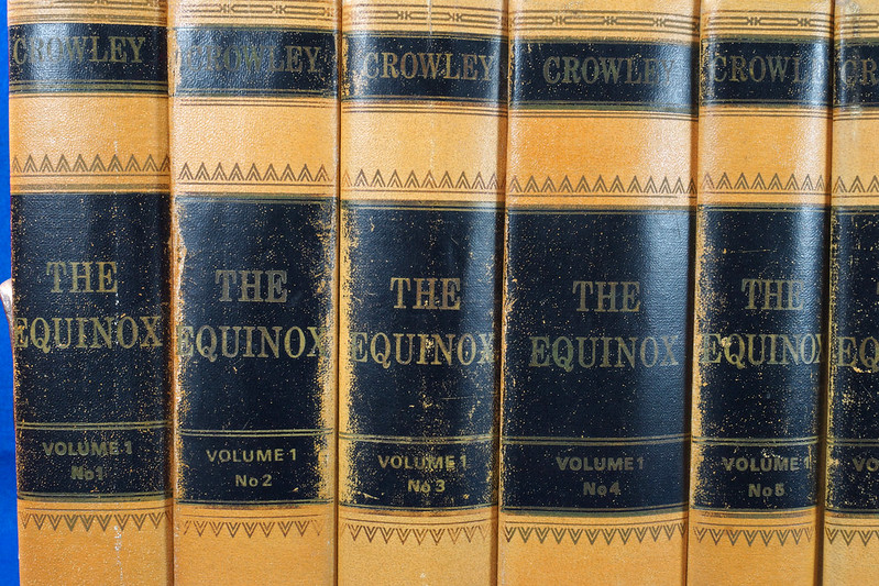 RD26573 The Equinox Review of Scientific Illuminism 1974 Vol. 1 Complete Set of 10 Books Aleister Crowley Occult Magic DSC08461