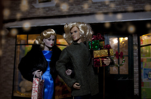 The Odds Are Stacked Gloria Grandbuilt, Rory Riot Llewelyn doll   by alenamorimo