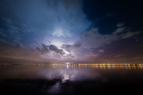 lake night sky storm tunis tunisiatunistunisiatn