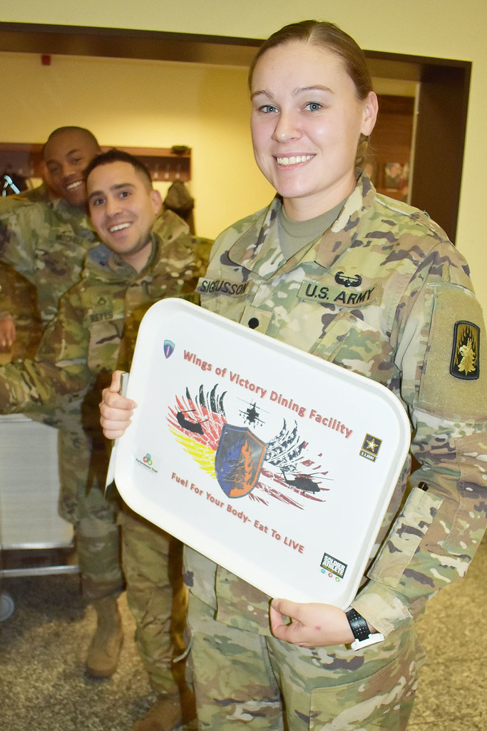 Ansbach Military Community and 7th ATC Leaders serve up Th