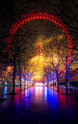 Coca Cola London Eye at Christmas by Simon Hadleigh-Sparks | by Simon Hadleigh-Sparks