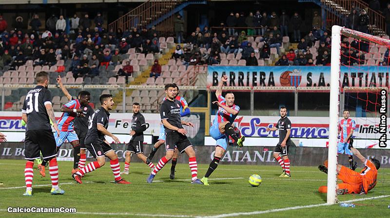 Matteo Di Piazza sigla il suo primo gol in rossazzurro al Rende