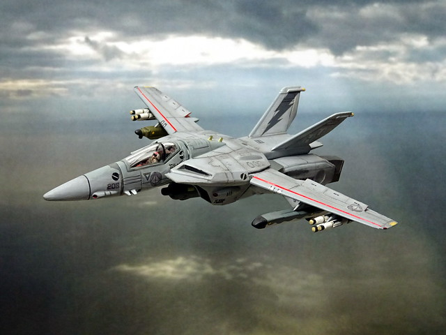 Macross +++ 1:100 Stonewell/Bellcom VF-1A