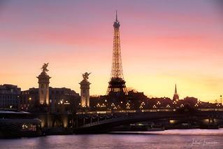 Tour Eiffel & Pont Alexandre III, Paris | by www.fromentinjulien.com