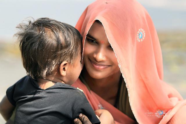 Gujarat la mère et l'enfant.