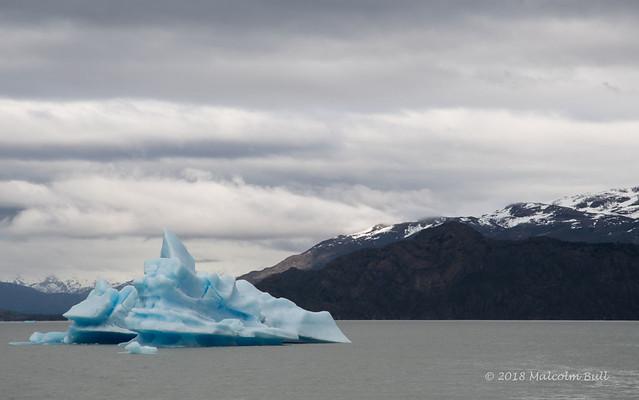 Grey Lake - Patagonia (856)