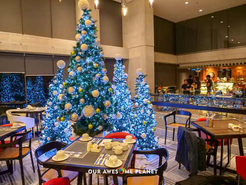 B Hotel Lobby-2.jpg   by OURAWESOMEPLANET: PHILS #1 FOOD AND TRAVEL BLOG