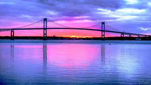 bridge sunset sunrise pellbridge newpor newportbridge rhodeisland newengland water narragansettbay bay seascape landscape reflection