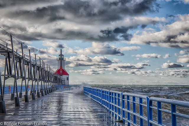 ST. JOSEPH'S LIGHTHOUSE HDR 6 MICHIGAN_20181023- 2018 MICHIGAND85_7685-