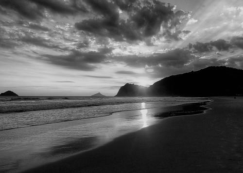 Sunset in Cambury | by Luana L Martinez