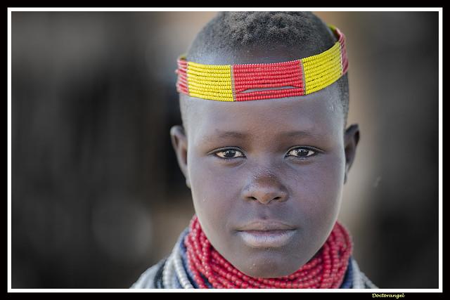 Muchacha Karo. Korcho. Etiopia.
