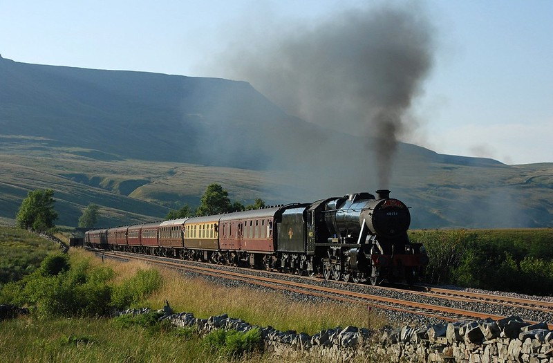 The 8F nears the summit with a southbound Dalesman on 27/7/2008 Copyright David Price No unauthorised use