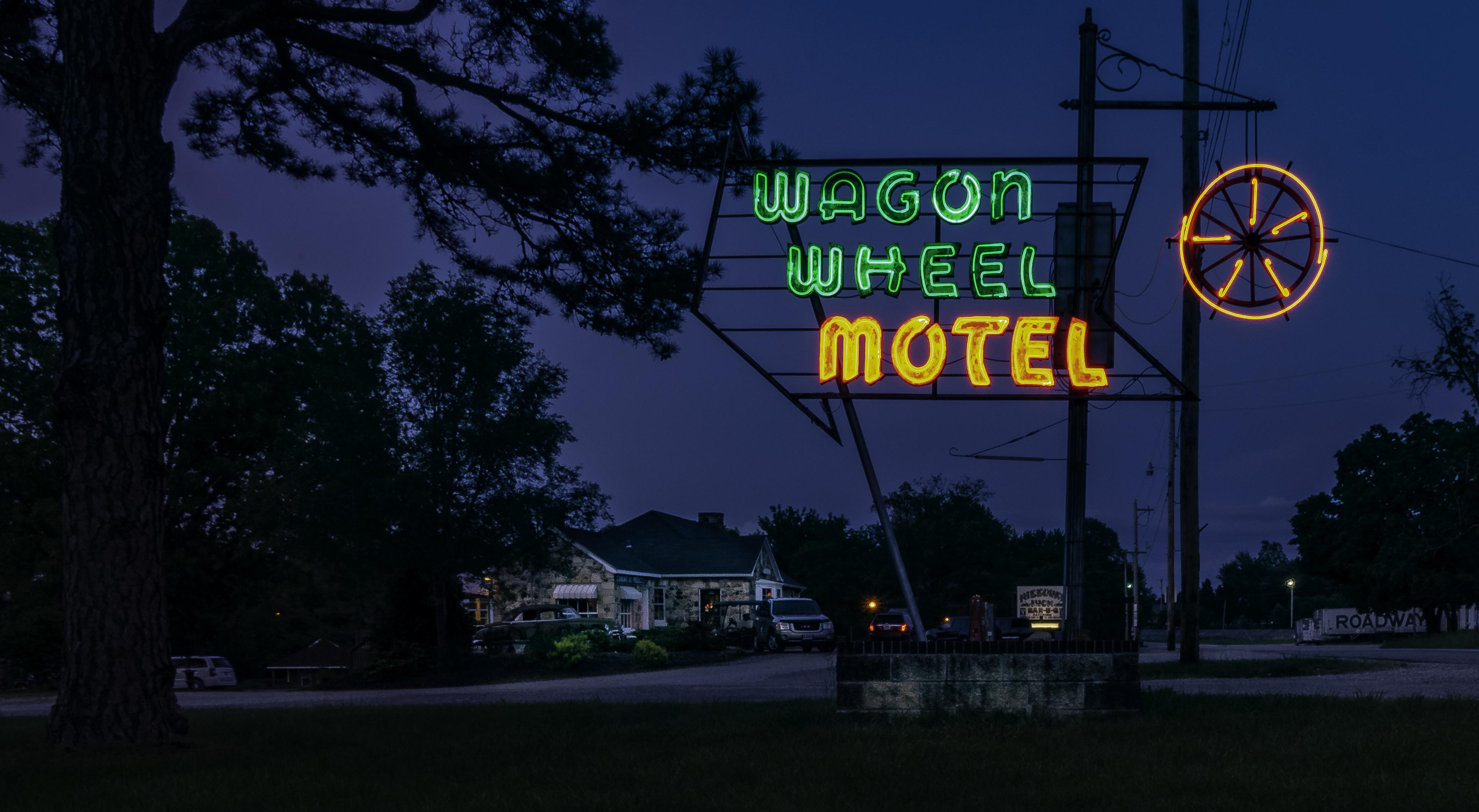 Wagon Wheel Motel - 901 East Washington Boulevard, Cuba, Missouri U.S.A. - May 21, 2018