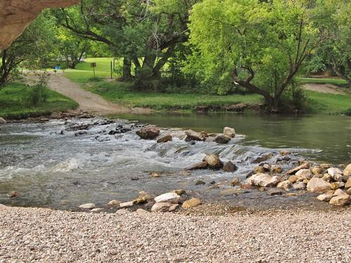 ayresnaturalbridge wyoming roadtrip countypark oregontrail landscape scenery