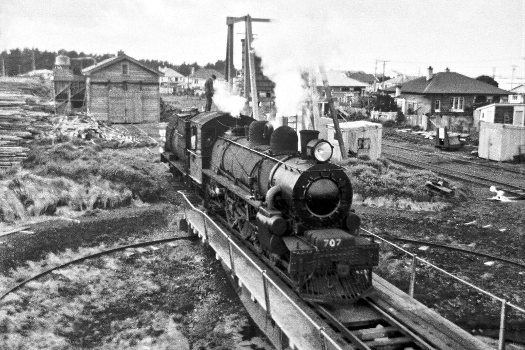 Ab707 on Turntable at Opunake.1966