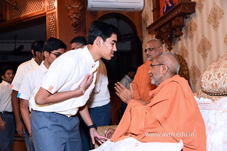 Std-10-11-12-visit-to-Haridham-for-Swamishree's-Blessings-(41) | by Atmiya Vidya Mandir