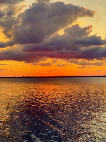 fall outdoor river sky sunset water bhagavideocom clouds haroldbrowncom harolddashbrowncom iphonexsmax photosbhagavideocom stjohnsriver haroldbrown he drive