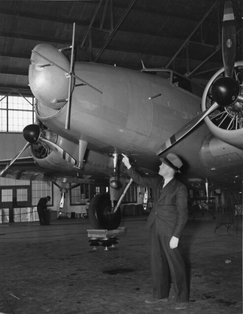 --rt freng and instrument landing gear on boeing 247d oakland 1934-35