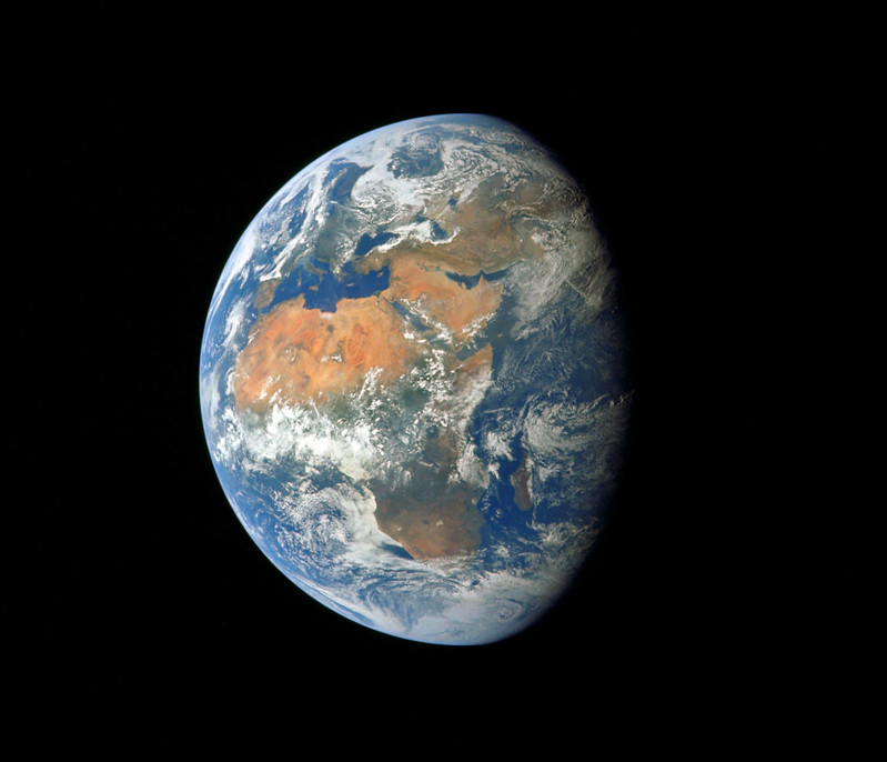 whole earth apollo 11 - 16 July 1969