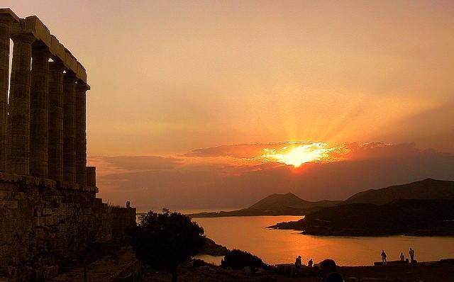 Voir le coucher de soleil à Sounio