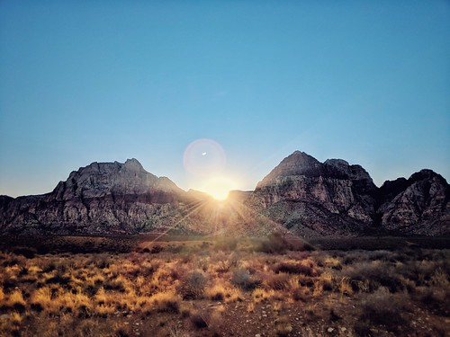 Sun setting in Red Rock canyons