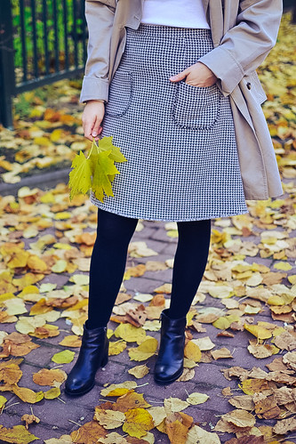 street style tweed skirt stacyco-8 | by Stacyco