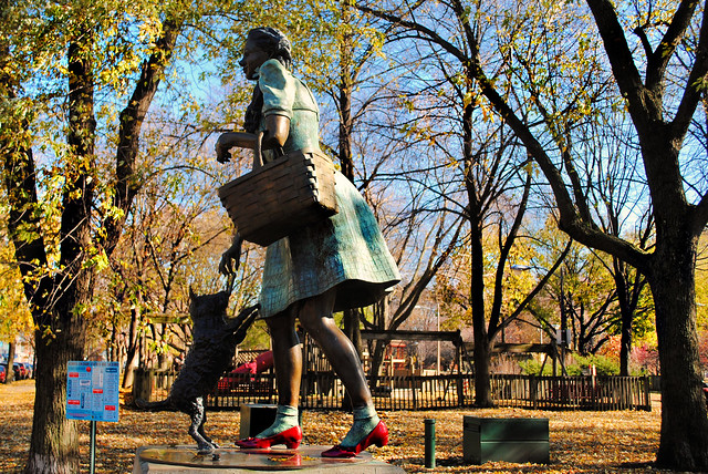 Dorothy And Toto, Oz Park, Chicago
