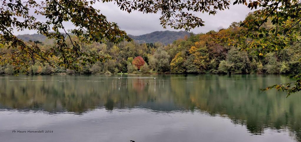 L'autunno incornicia l'Adda