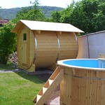 Sauna und Badefass für Familie im Harz