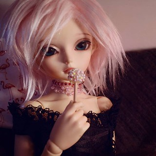 Mina... Well who doesn't share the little ones sweets... 💖 | by emmr_ {bjd}