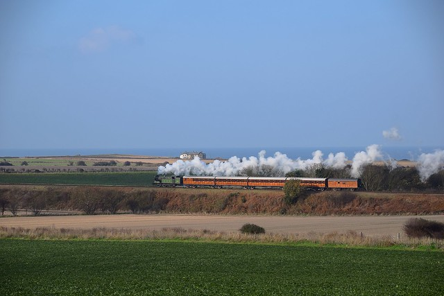 Great Northern Locomotive, N2 No.1744 hauls the 'Quad-Art' Set & Parcel Van towards Weybourne, on a special working from Sheringham. North Norfolk Railway - Time Line Events. 21 11 2018
