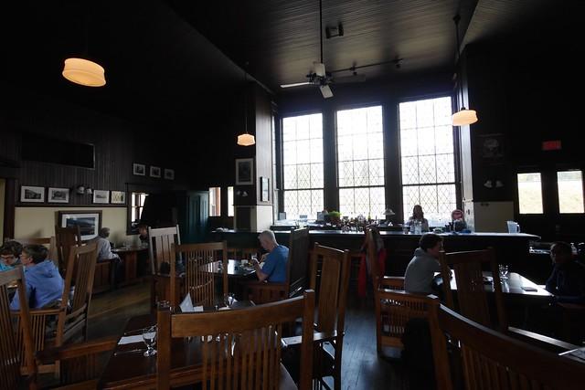 水, 2015-07-22 14:51 - Lake Louise Station Restaurant