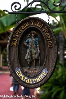 El Pirata Y El Perico