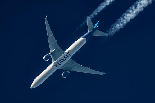 Kuwait Airways Boeing 777-369(ER) 9K-AOF | by Thames Air
